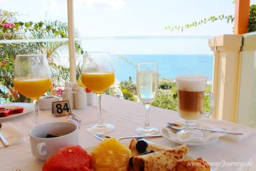 Atrium Prestige - Frühstück, ruhig und mit Blick auf das Meer
