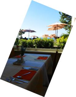 Blick aus dem Wintergarten – Bereich im Restaurant