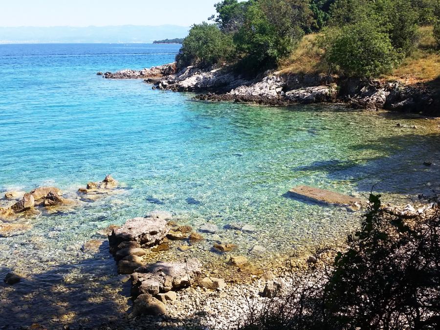 Buchten bei Bujina