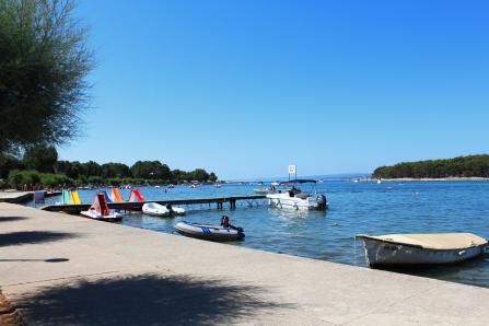 Kleiner und günstiger Bootsverleih in Punat