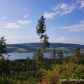 Wanderung in den Bergen um den Lipno-Stausee