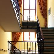 Treppenhaus zum 2. Stock