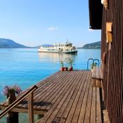 Eigenes Bootshaus und Anlegestelle